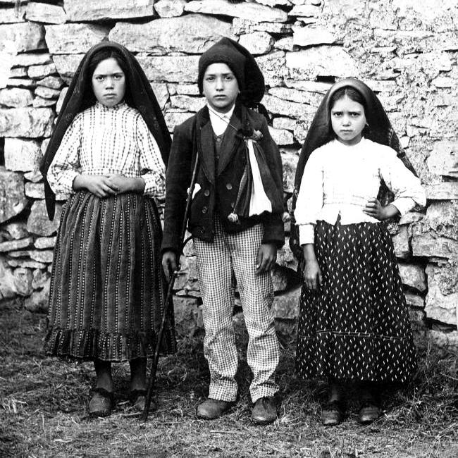 Lucía, Francisco y Jacinta.